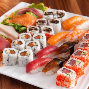 Sushi z restauracji vs kupione w markecie. Poznaj różnicę.